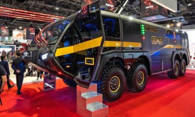 największy wóz strażacki na świecie falcon 8x8