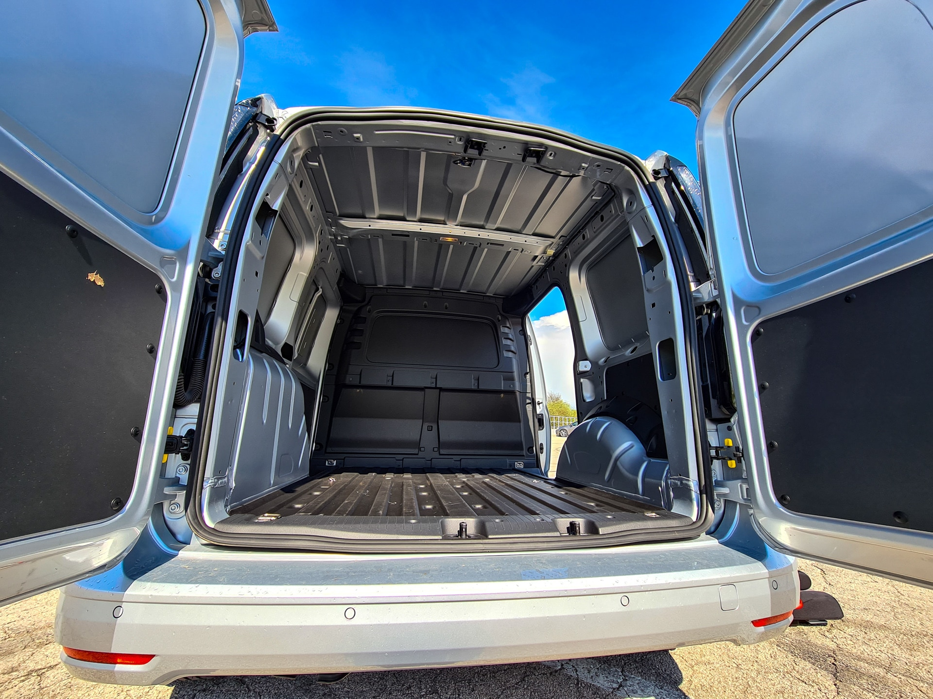 Nowy Volkswagen Caddy Cargo - paka