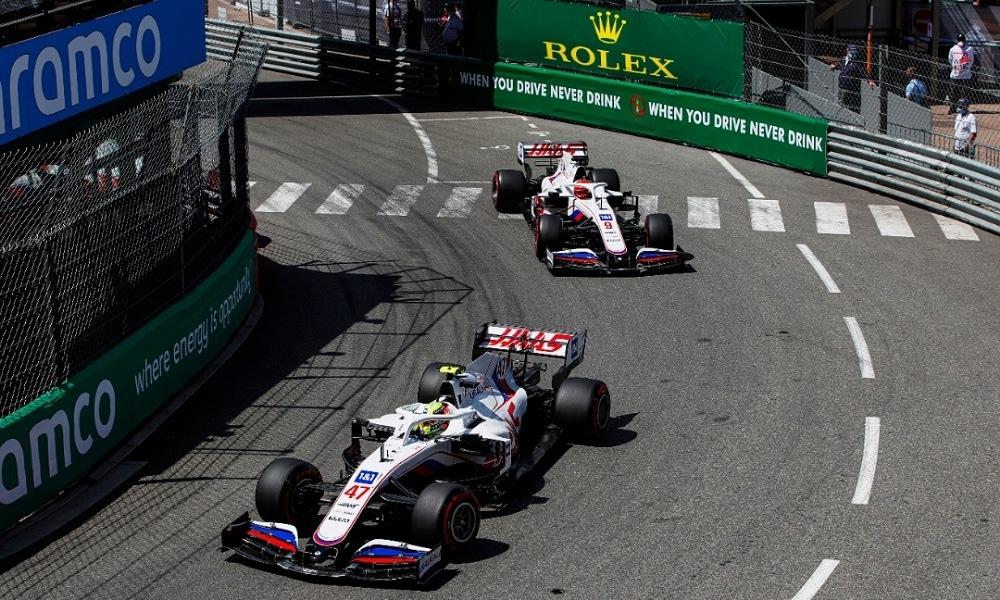 Russell współczuje kierowcom Haasa - Monako 2021
