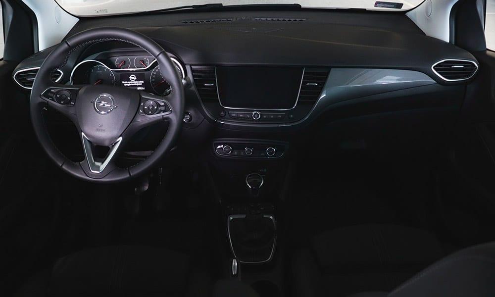 wnętrze Opel Crossland 2021