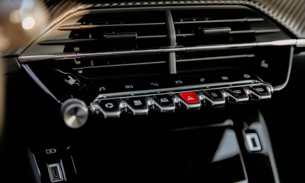 Peugeot 2008 przełączniki