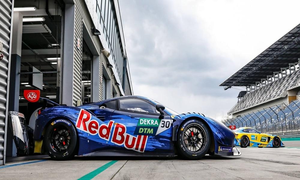 Fot. DTM/Red Bull AF Corse Ferrari test na torze Lausitzring