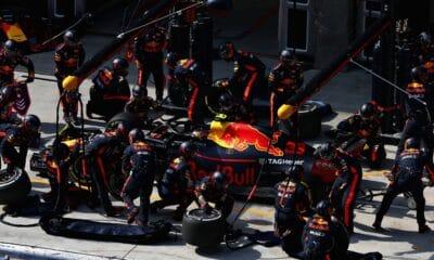 Red Bull, Max Verstappen, pit-stopy w historii F1