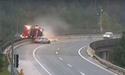 wypadek słowenia corsa ciężarówka
