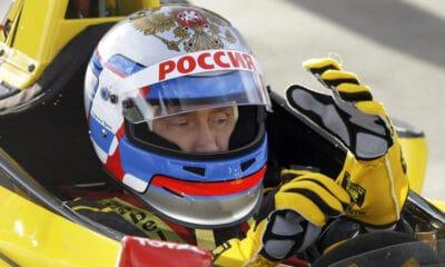 władimir putin f1 test renault 2010 rosja